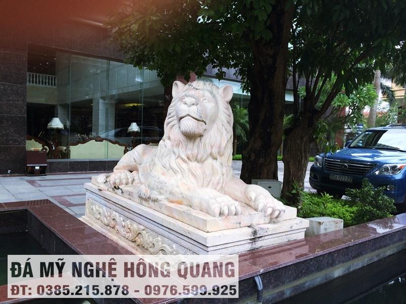 Sư tử đá nằm đẹp Hồng Quang